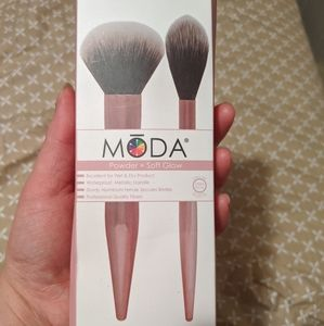 MODA Brushes Powder & Soft Glow Kit